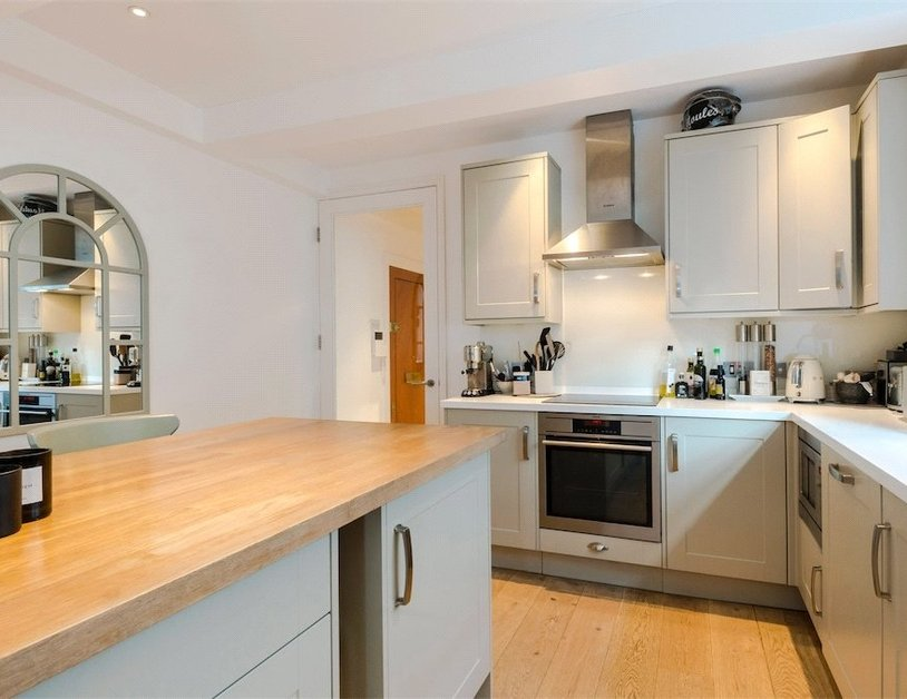 Apartment for sale in Stanhope Terrace view8