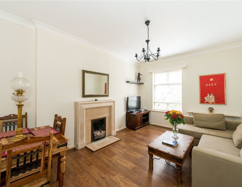 Apartment sold in Sussex Gardens view1