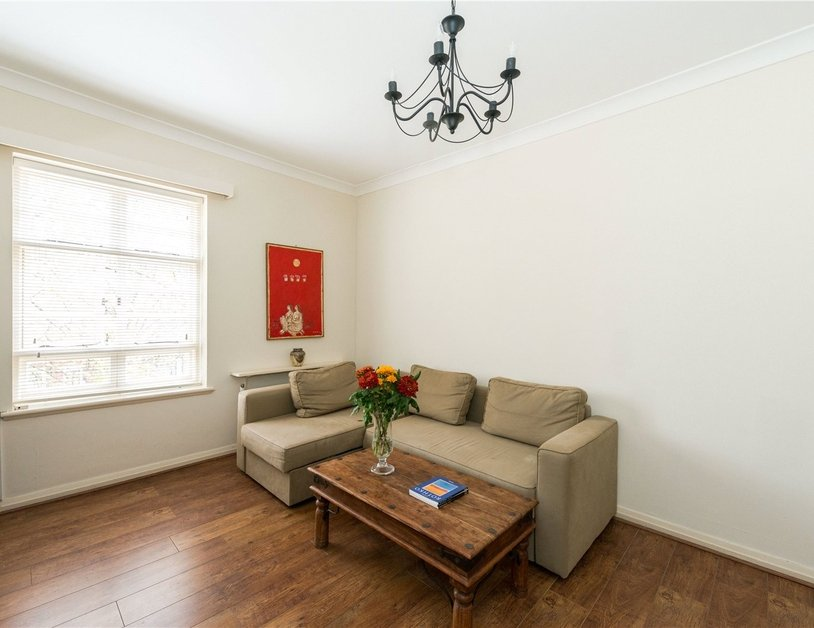 Apartment sold in Sussex Gardens view8