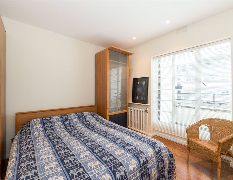 Apartment sold in Sussex Gardens view9