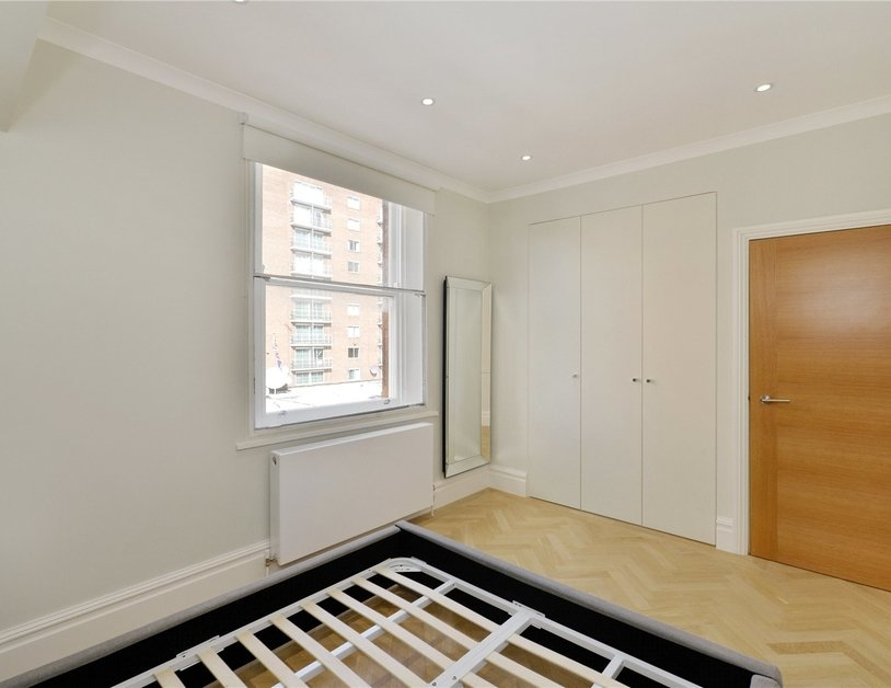 Apartment for sale in Upper Berkeley Street view6