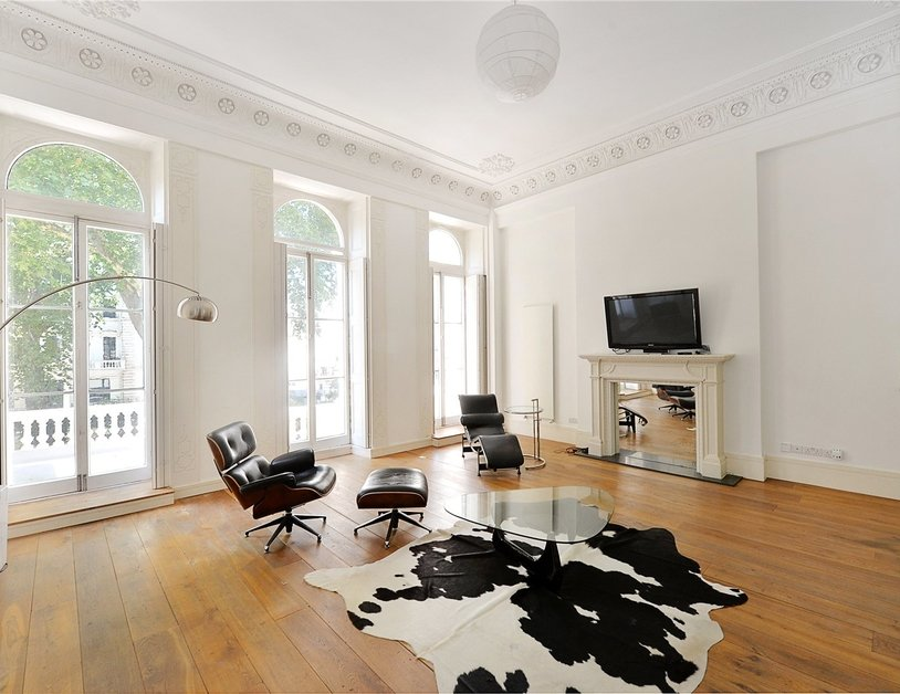 Apartment sold in Westbourne Terrace view1