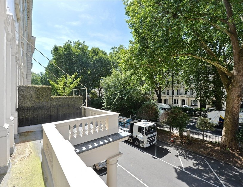 Apartment sold in Westbourne Terrace view8