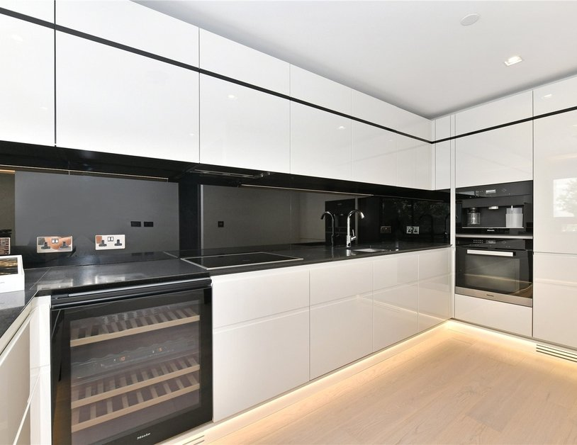 Apartment to rent in Albert Embankment view10