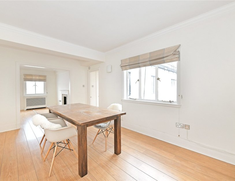 Apartment to rent in Chiltern Court view3