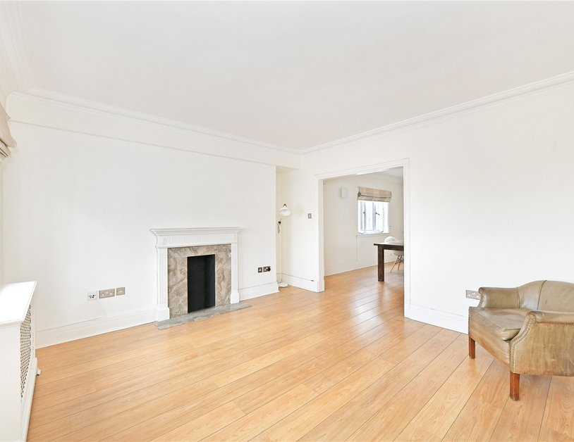 Apartment to rent in Chiltern Court view6