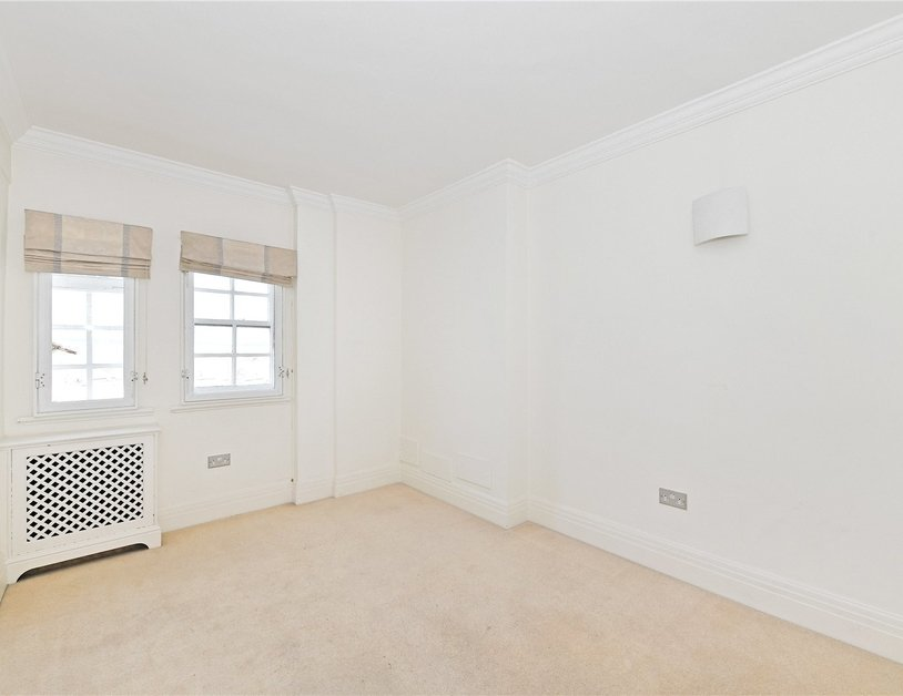 Apartment to rent in Chiltern Court view7