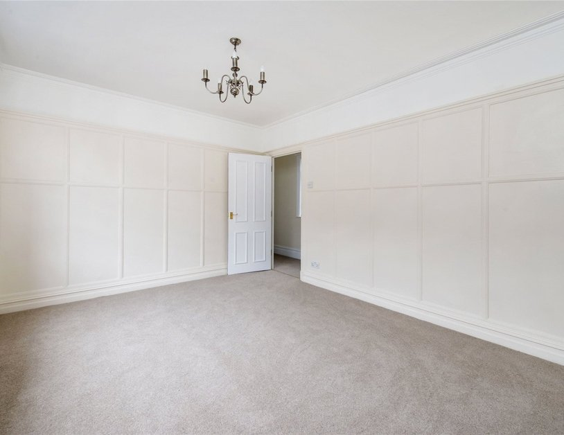 Apartment to rent in Devonshire Close view8