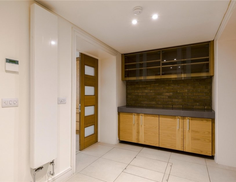 Apartment to rent in Devonshire Place view13