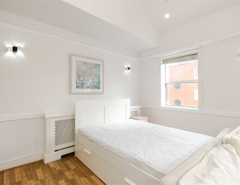Studio Flat to rent in Devonshire Street view2-thumb