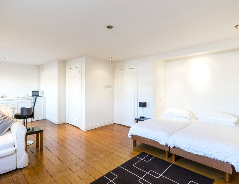 Apartment to rent in Hyde Park Gardens view2