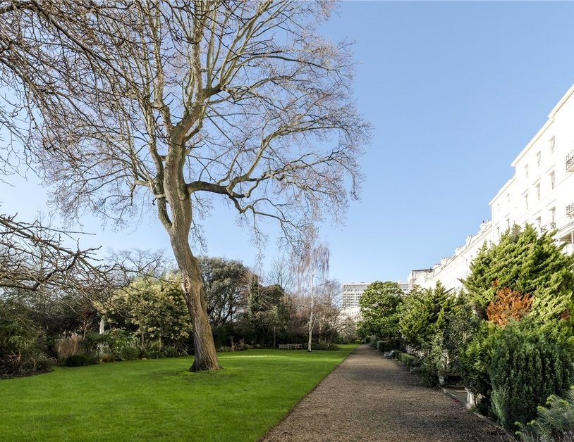 Apartment to rent in Hyde Park Gardens view8