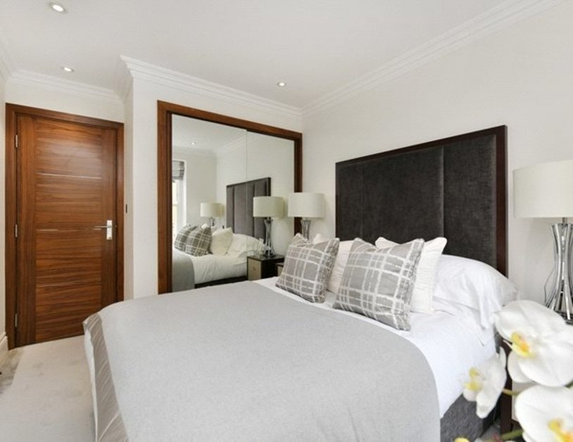 Apartment to rent in Kensington Gardens Square view4