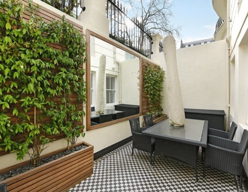 Apartment to rent in Kensington Gardens Square view2