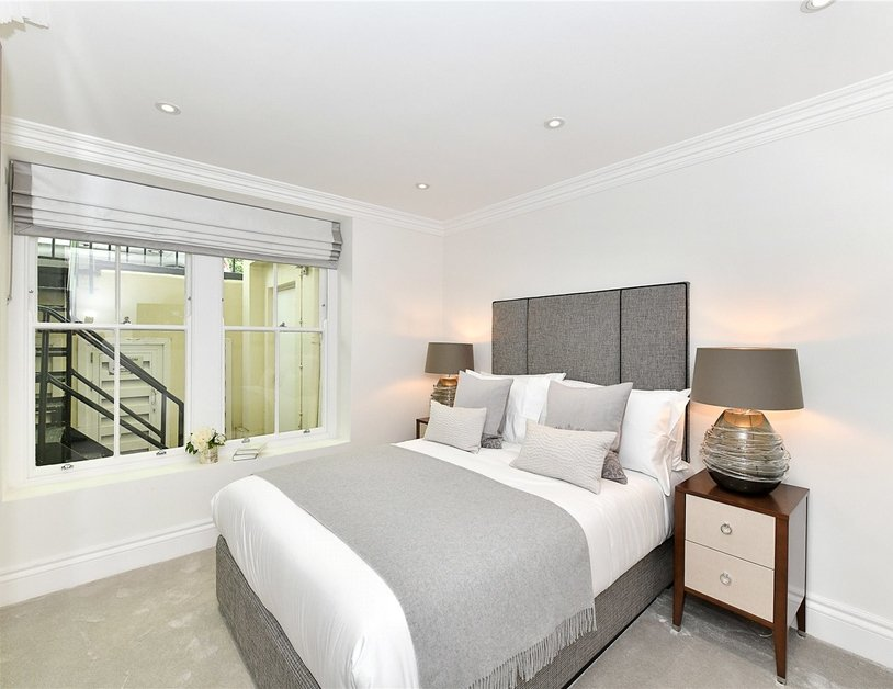 Apartment to rent in Kensington Gardens Square view6