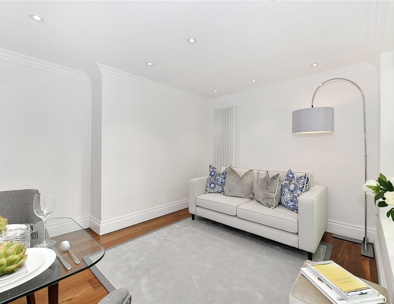 Apartment to rent in Kensington Gardens Square view7
