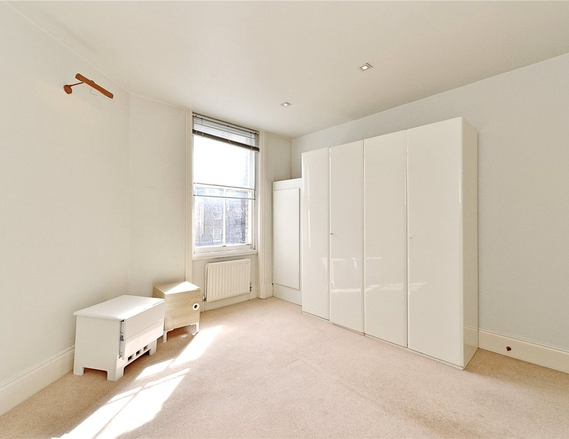 Apartment to rent in Luxborough Street view4