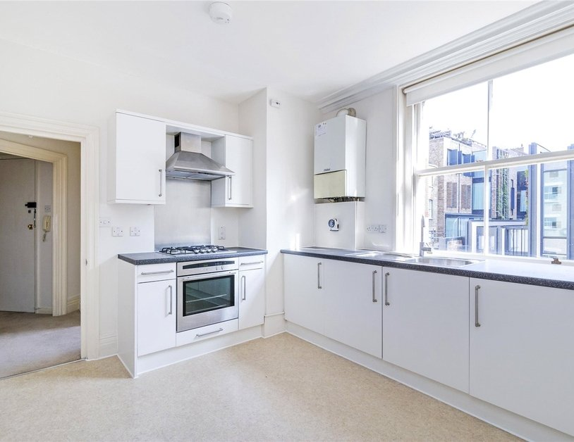 Apartment to rent in Marylebone Lane view2