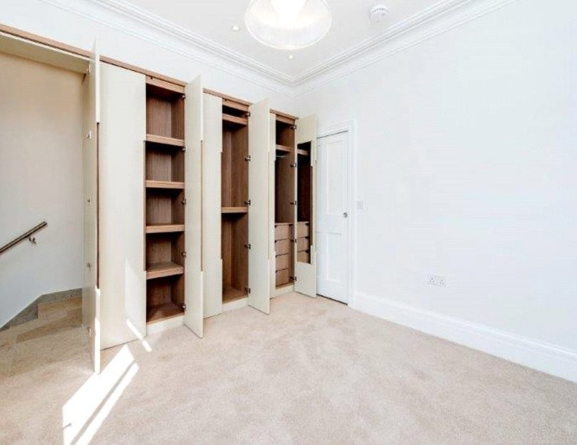 Maisonette to rent in New Cavendish Street view9