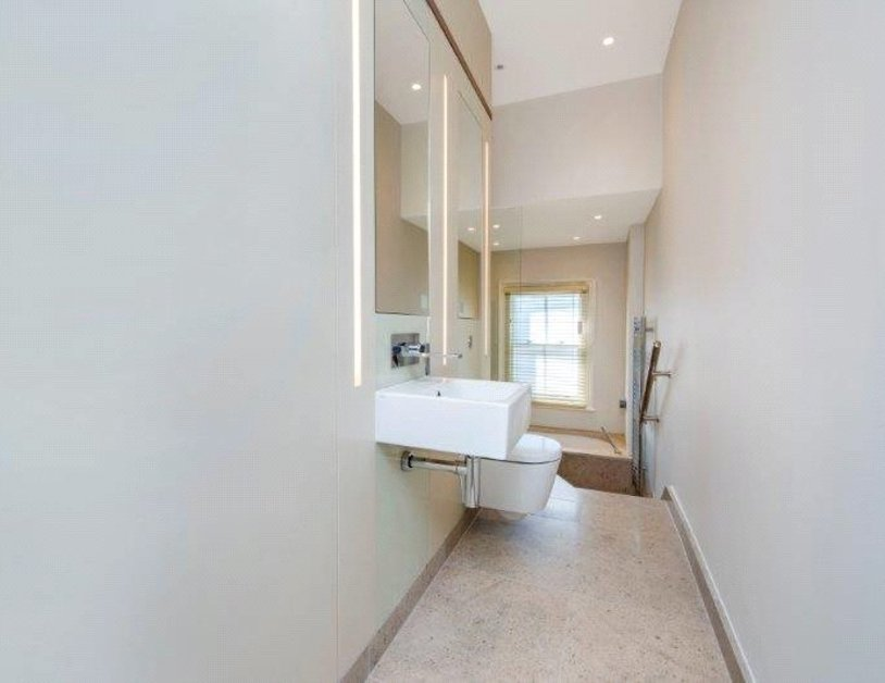 Maisonette to rent in New Cavendish Street view10
