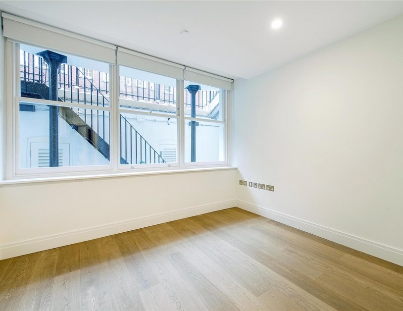 Apartment to rent in New Cavendish Street view9