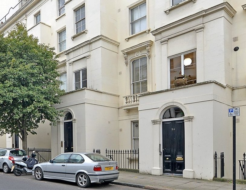 Apartment to rent in Porchester Square view6