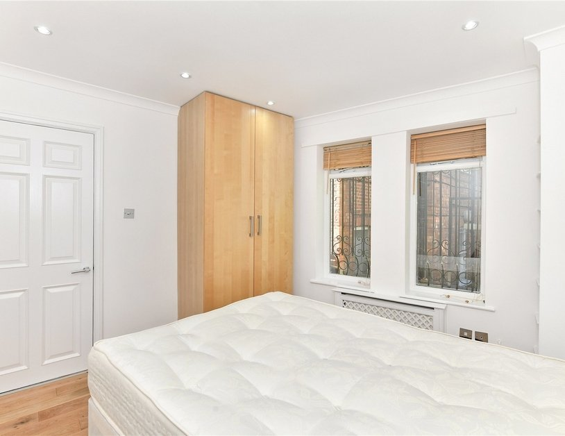 House to rent in Romney Mews view11
