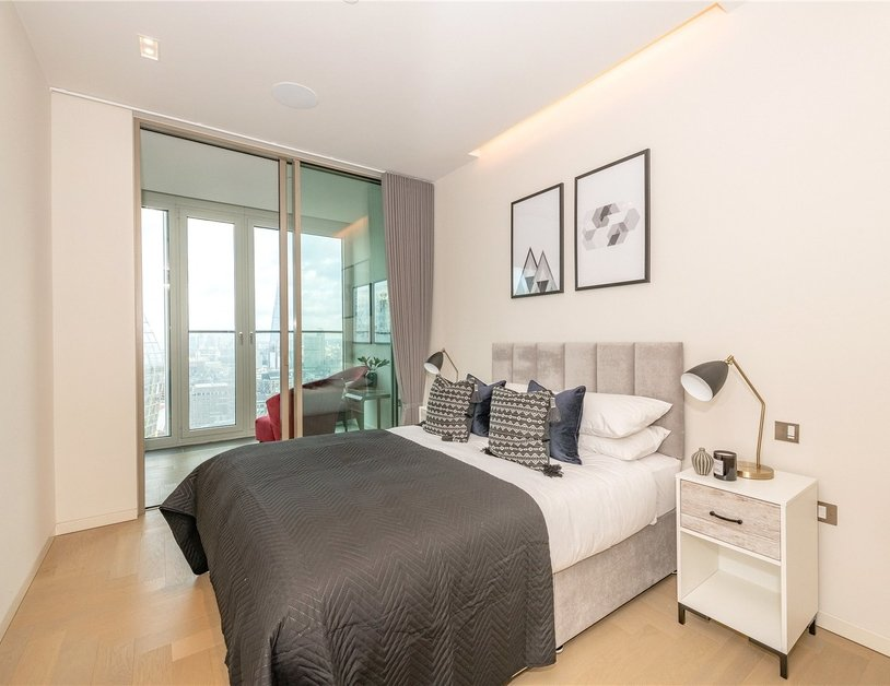 Apartment to rent in Southbank Tower view14
