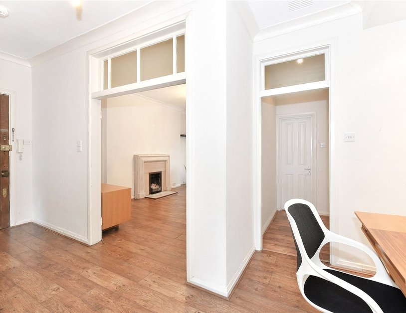 Apartment to rent in Sussex Gardens view5