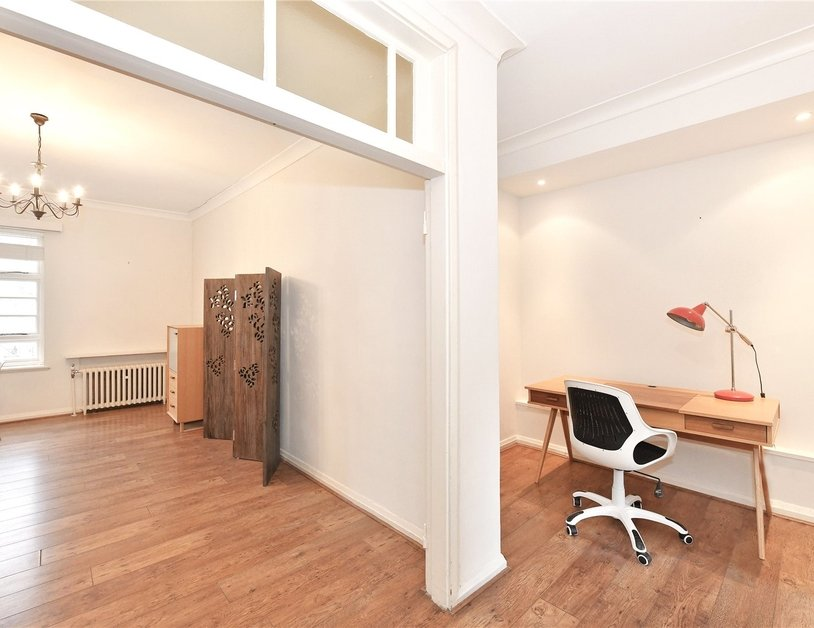 Apartment to rent in Sussex Gardens view2