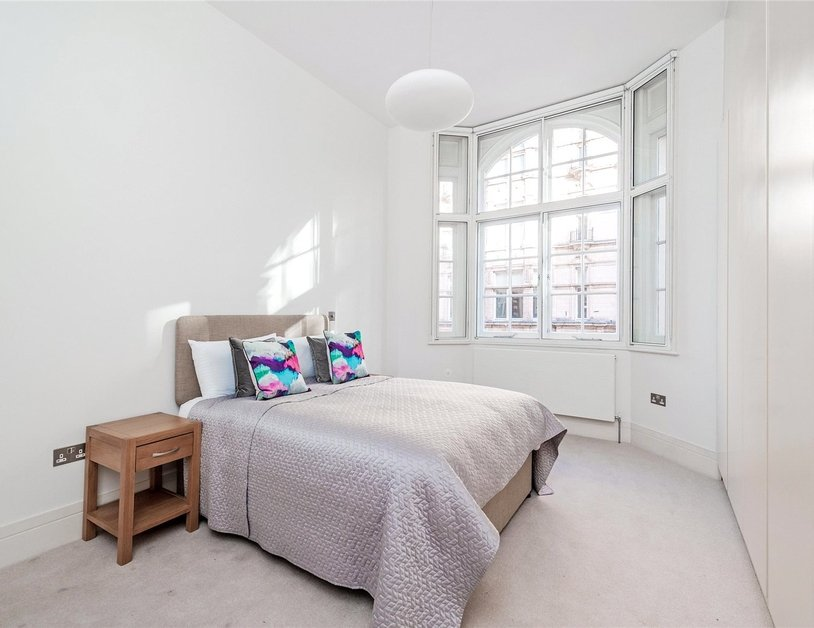 Apartment to rent in Wimpole Street view8