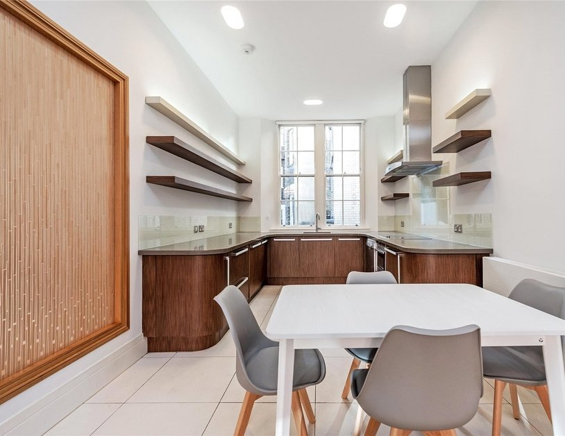 Apartment to rent in Wimpole Street view2