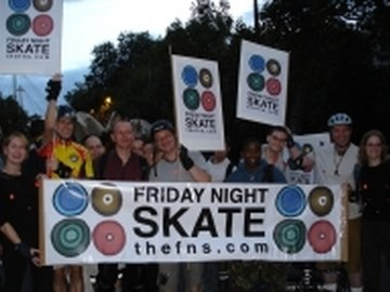 Our neighbourhood hyde park live skate kayandco_small